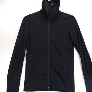 🍋 Lululemon black zip jacket size 4